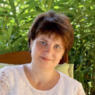 Dr. Rovács Melinda